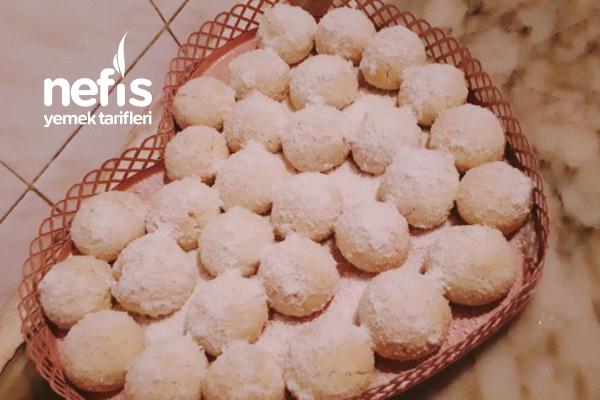Hindistan Cevizli Kurabiye (Kar Kurabiyesi) Tarifi