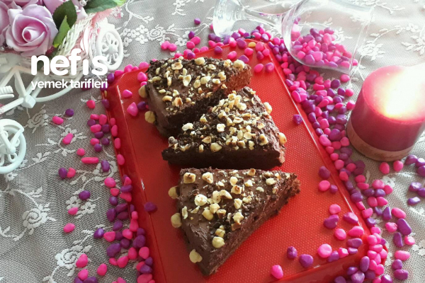 Kakaolu Fındıklı Pasta (Pratik Ve Hafif)