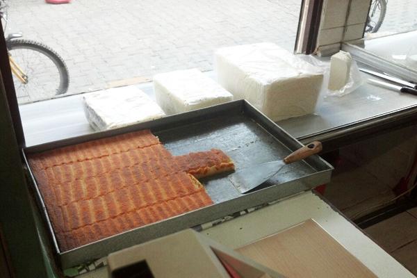 kadir usta peynir helvası