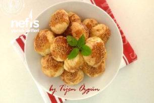Nefis Mini Kıymalı Çörekler Tarifi