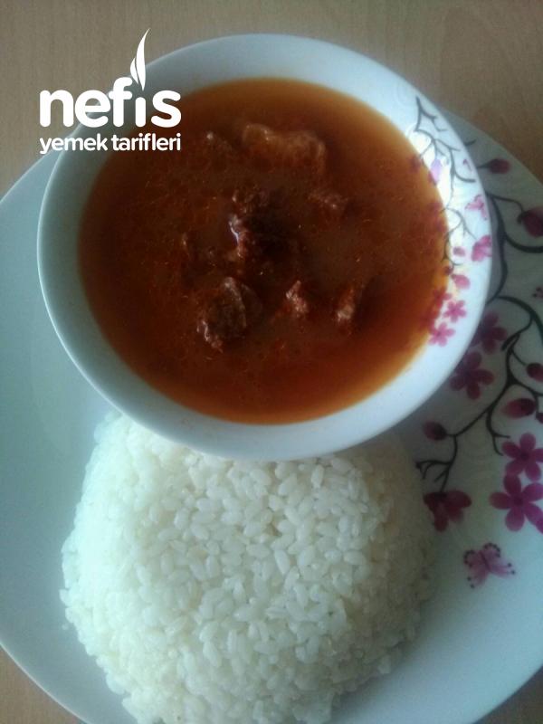 Sade Pirinç Pilavı Yanında Sulu Kızartma.( Bayılacaksınız)