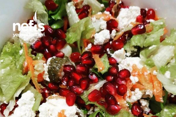Diyette Narlı Salata Tarifi
