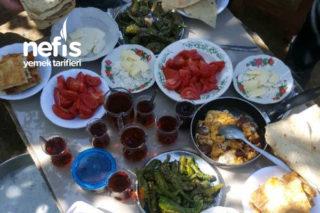 Kayınvalidemin Bahçesinde Harika Bir Kahvaltı Tarifi