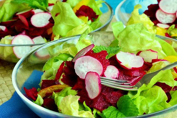 marul salatası kaç kalori
