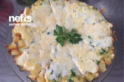 Kahvaltıya Kaşarlı Yumurtalı Patates Tarifi