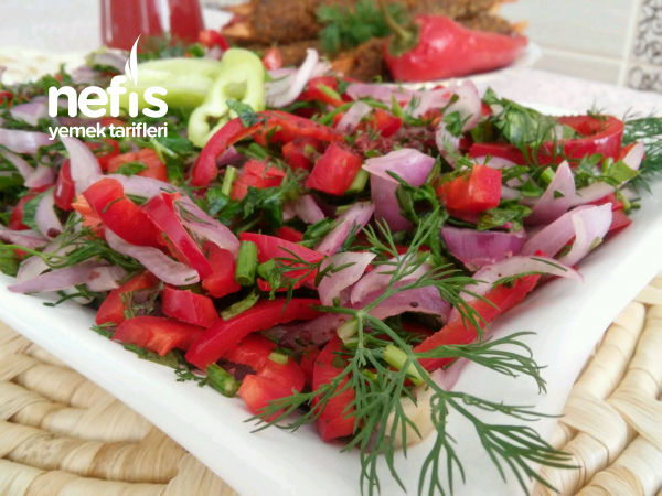 Kapya Biberli Kebapçı Soğan Salatası