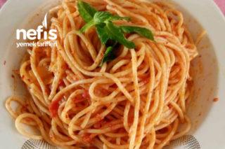 Harika Sosuyla Spagetti Tarifi