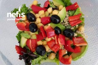 Quinoa Ve Avakado Salatası Tarifi