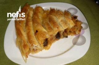 El Açması Patlıcanlı Börek Tarifi