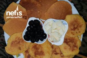 Kahvaltılık Minik Mısır Unu Ekmeği Tarifi