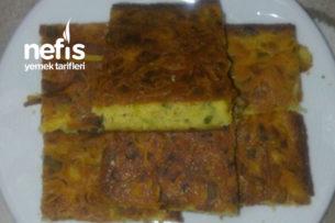 Pırasalı Mısır Unlu Börek (Glutensiz) Tarifi