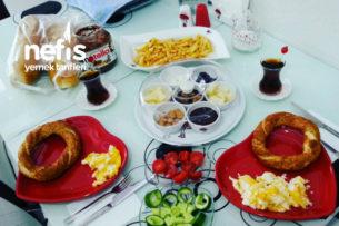 İki Kişilik Pazar Kahvaltımız Tarifi