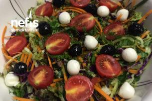 Top Peynirli Mevsim Salatası Tarifi