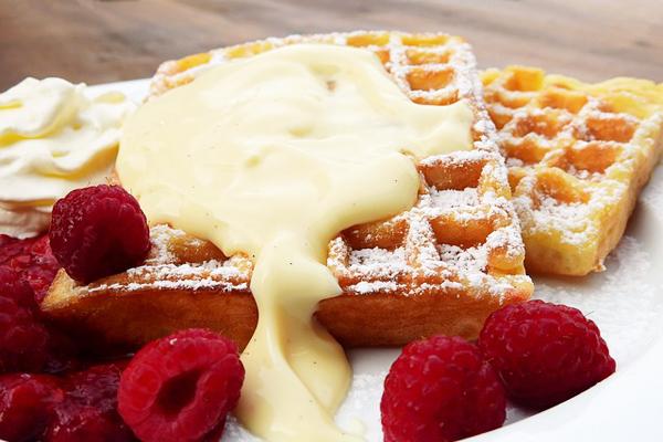 Waffle Kaç Kalori? Meyveli, Çikolatalı Waffle Kalori Değerleri Tarifi