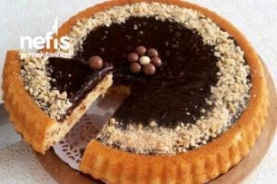 Çikolatalı Fındıklı Tart Kek (10 Dakikada Enfes Lezzet) Tarifi