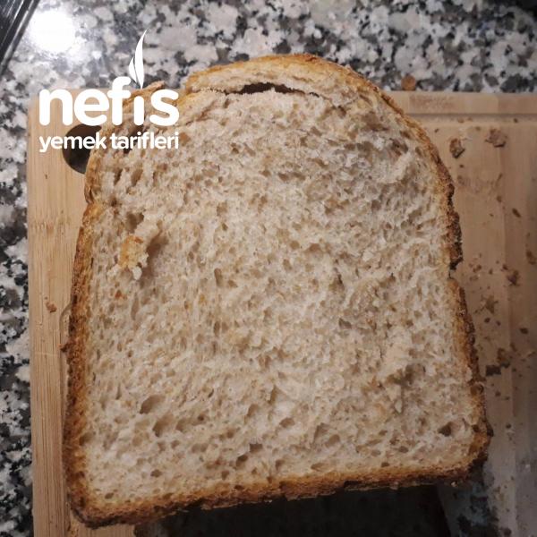 Makinede Tam Buğdaylı Ekşi Mayalı Ekmek