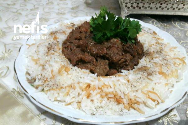 Pirinç Pilavı Yatağında Et Sote Tarifi