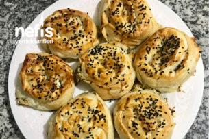 Nefis Pırasalı Gül Böreği Tarifi