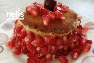 Ekler Kremalı Pankek Pasta Tarifi
