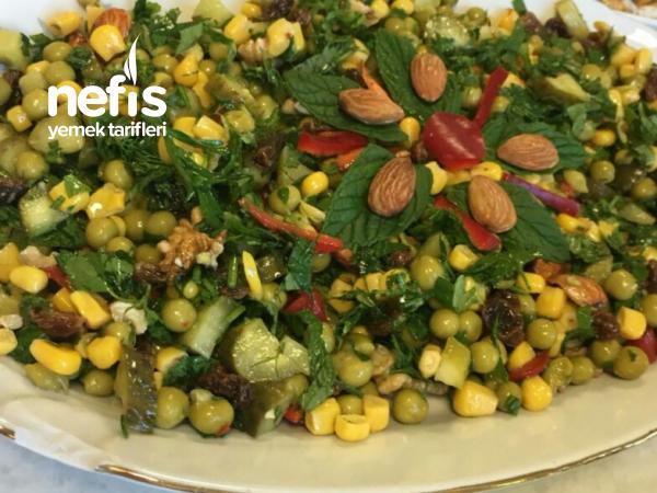 Bezelyeli Şifa Salatası