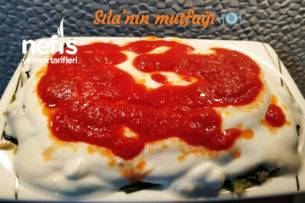Yoğurt Sarımsaklı Ispanak Salatası Tarifi