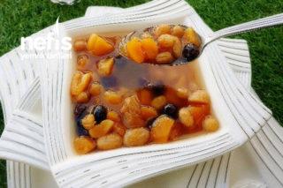Komposto ( Kayısılı Üzümlü Hoşaf ) Tarifi