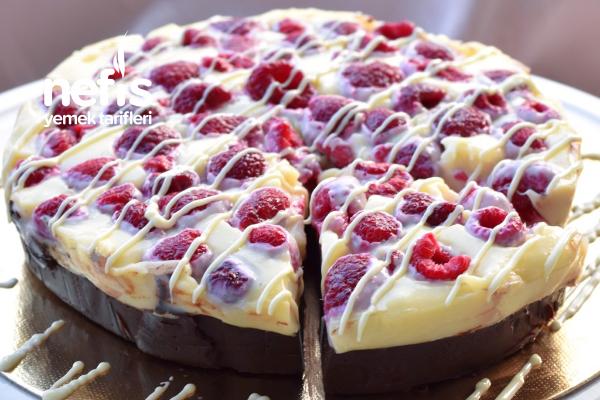 Pratik Az Malzemeli Pasta Tarifi