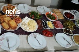 Arkadaşlarımla Güzel Bir Kahvatı Sofrası Tarifi