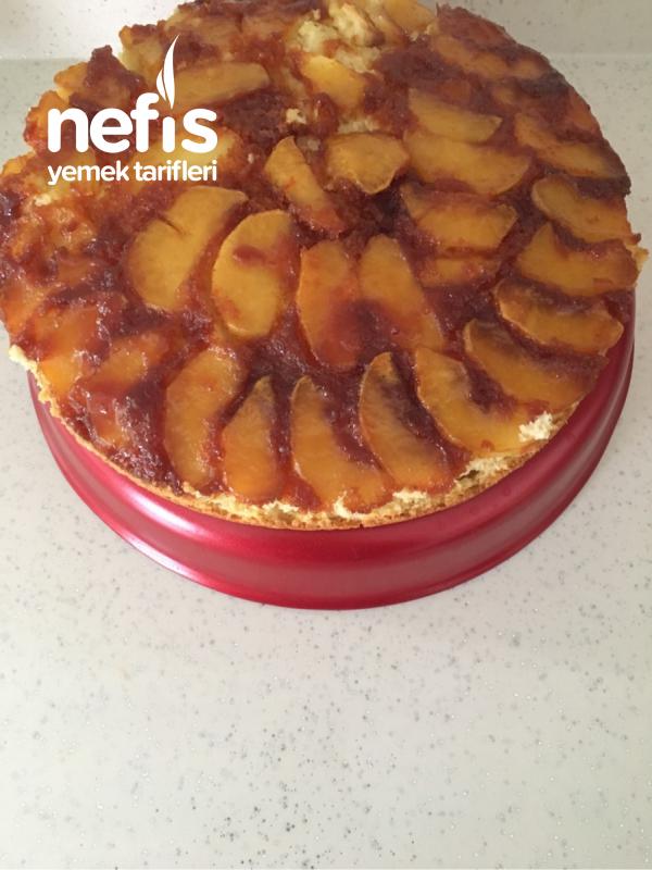 Elmalı Karamelli Kek