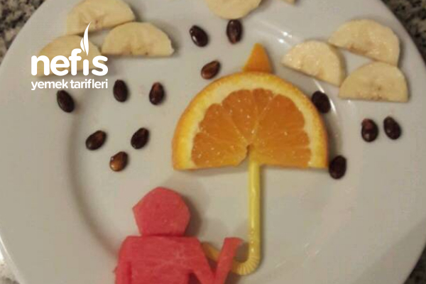 Meyvelerle Yağmurlu Bir Gün (Eğlenceli Tabaklar) Tarifi