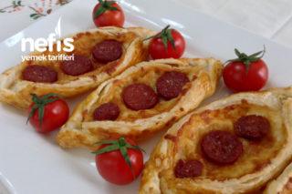 Şipşak Kahvaltılık Milföy Pide ( Kaşarlı-sucuklu ) Tarifi