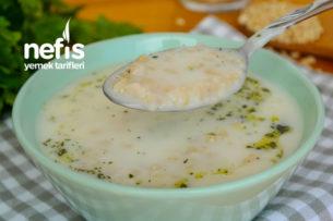 Az Malzeme ile Lezzetli Buğday Çorbası (videolu) Tarifi