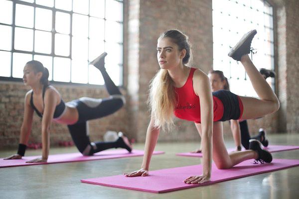 Bölgesel Zayıflama Yöntemleri: Vücudunuza Şekil Verecek 5 Hareket Tarifi
