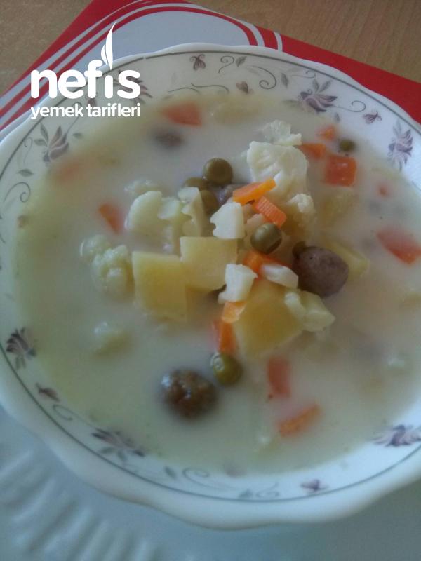 Köfteli, Kremalı Sebze Çorbası ( Çok Nefis )