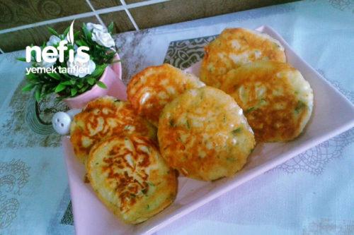 Kahvaltılık Peynirli Krep Tarifi