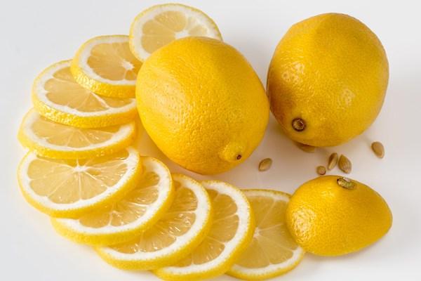 Limon Kaç Kalori? Zayıflatır Mı? Tarifi