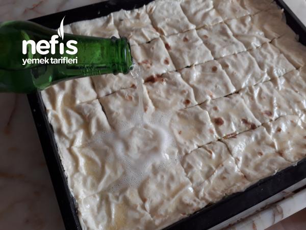 Havuçlu- Ispanaklı Enfes Börek (sodalı-yumuşacık)