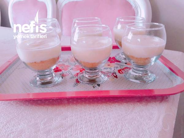 3 Renkli Cup Tatlısı