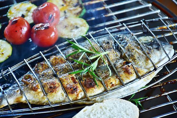 Balık Pişirme Teknikleri: 9 Değişik Yöntem, Fark Yaratan Püf Noktaları Tarifi