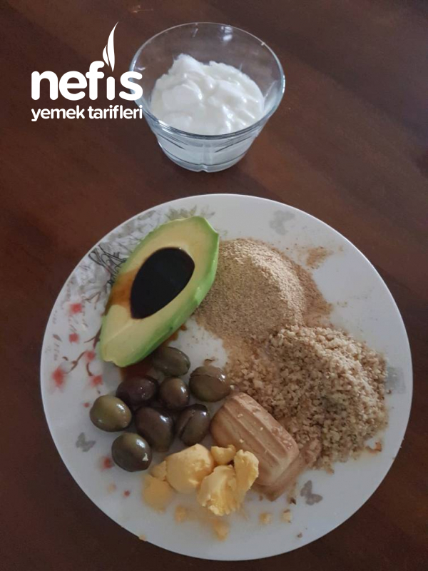 Bebeklere Avakadolu Kahvaltı 8+ay
