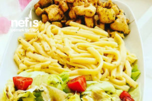 Kremalı Tavuk Makarna Ve Mevsim Salata (Avmdeki tavır tadında) Tarifi