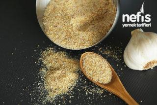 Onigiri: Japon Mutfağından Pirinç Köftesi Tarifi