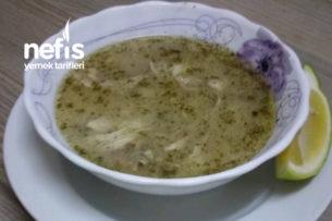 Şehriyeli Tavuk Çorbası (Yemek Yapmaya Yeni Başlayanlar-Öğrenciler İçin) Tarifi