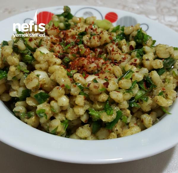 Nefis Buğday Salatası