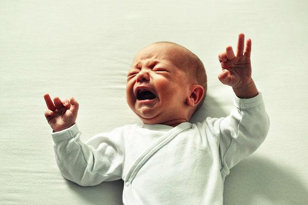 Kolik Bebek Sendromu: 7 Soruda Dikkat Etmeniz Gereken Her Şey Tarifi