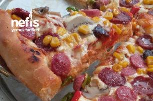 Bol Malzemeli Pizza (Tam Ölçü) Tarifi