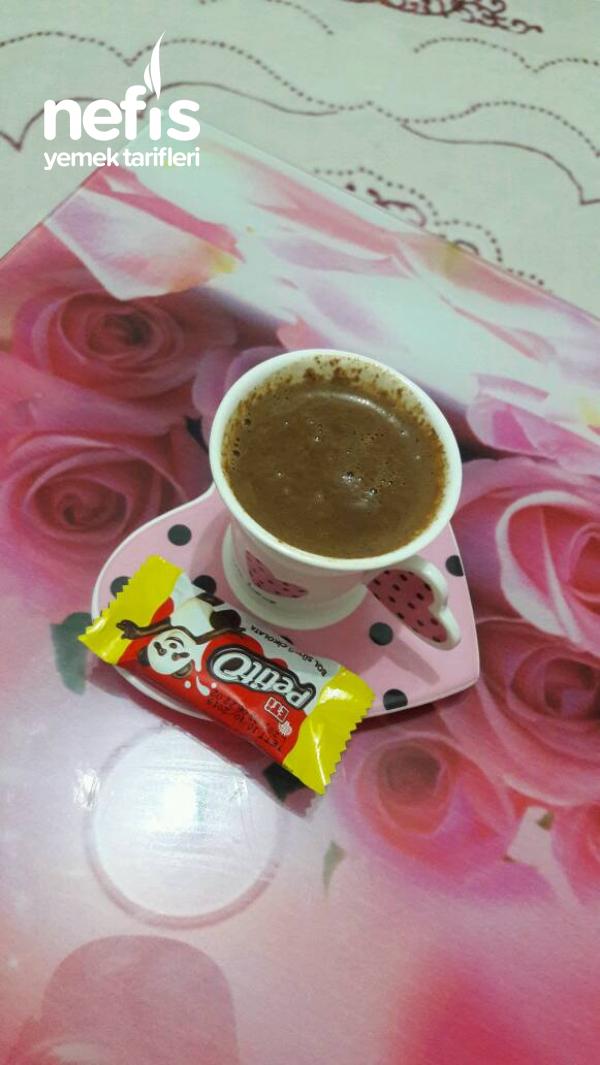 Sütlü Damla Çikolatalı Türk Kahvesi