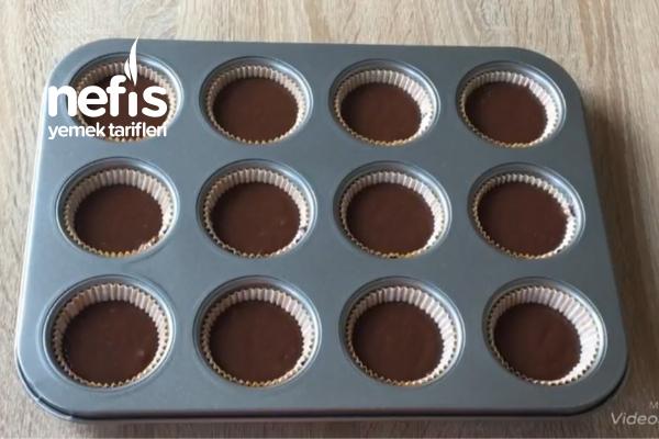 Çikolatalı Süslü cupcake
