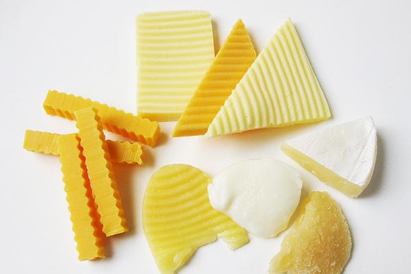 Cheddar Peyniri Nedir? Nasıl Yapılır, Eritilir? Kalori ve Besin Değeri