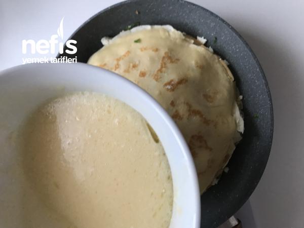 Su Böreği Tadında Krep Böreği